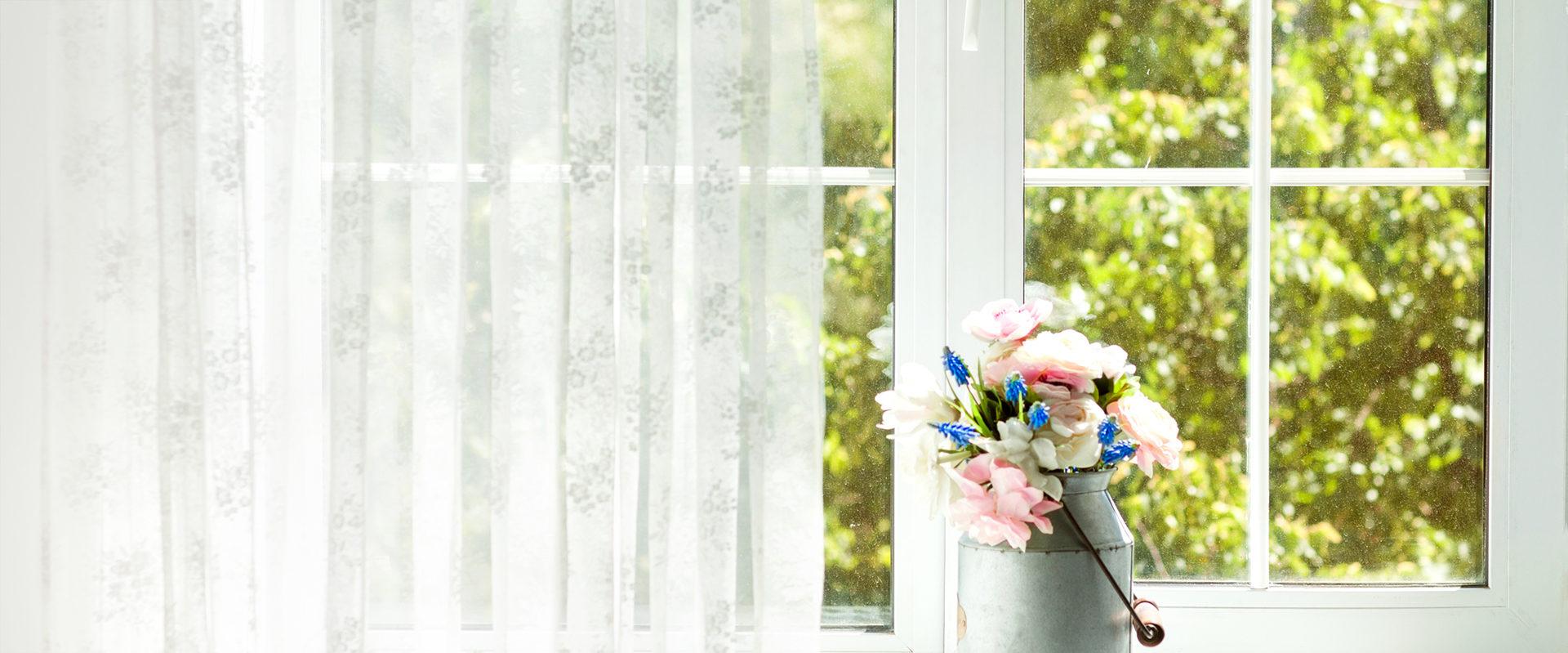 картинка окна на дачу